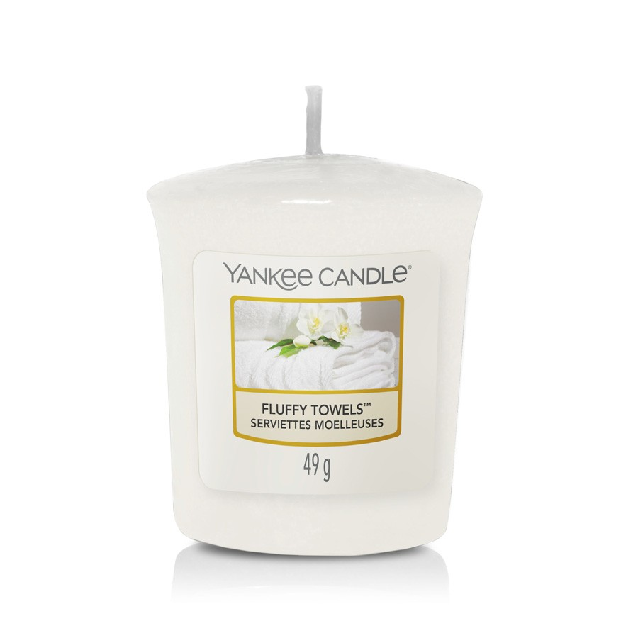 Yankee Candle Candle Votive Fluffy Towels