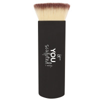IT Cosmetics Heavenly Luxe Contour & Highlight Brush #18